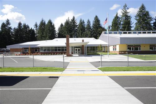 A front view of Evergreen Forest Elementary